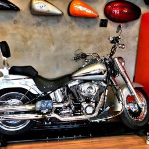 FATBOY Prata 2009 rodas cromadas