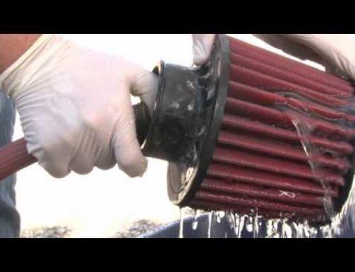 Limpeza de filtros de ar laváveis e reutilizáveis (esportivos)